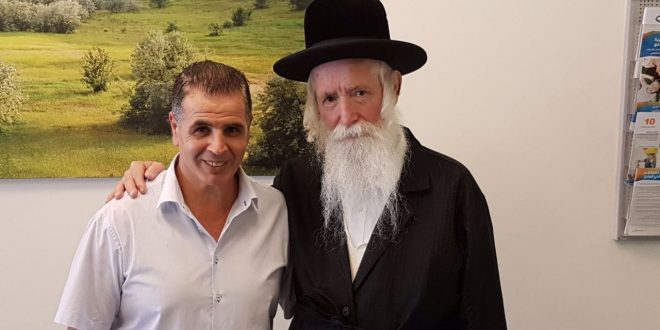 הרב גרוסמן ואלי מלדסי (צילום עצמי)