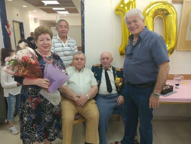 """יום הולדת 100. צילום: יח""""צ"""