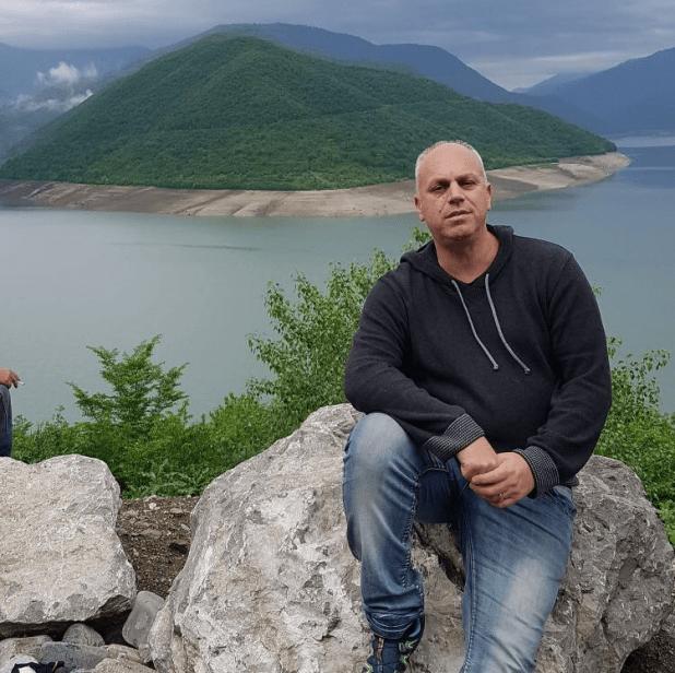 רוני רובין  מבלה בגאורגיה (צילום עצמי)