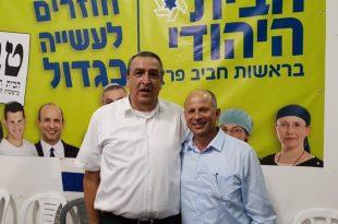 חבר המועצה פרץ עם אבי אלקבץ (צילום עצמי)