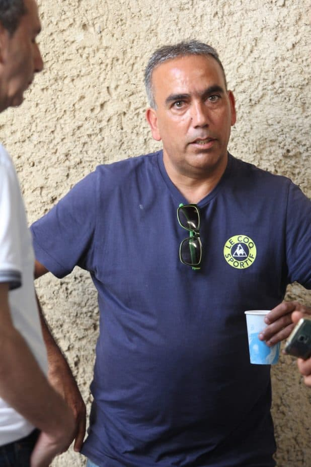 הציל את הקבוצה מירידה. מאמן אחי עכו יוסי עמר צילום: אדריאן הרבשטיין
