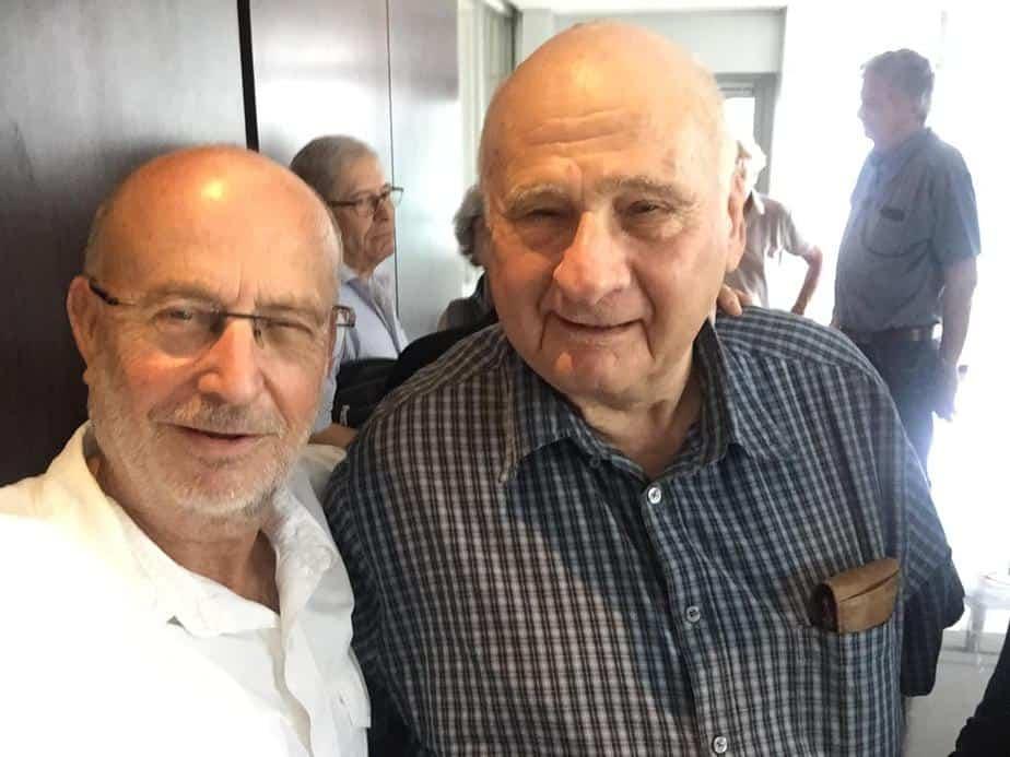 סלפי עם נשיא אוניברסיטה לשעבר. פרופסור מנחם מגידור עם אודי בוך