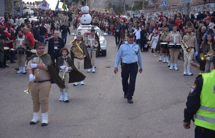 התהלוכה המסורתית בנצרת (צילום דוברות המשטרה)