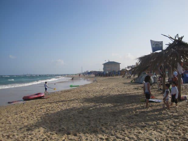 חוף מכמורת צלום ברמן