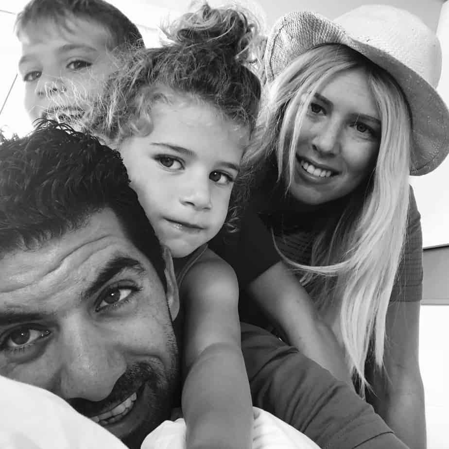 עם הבעל תומר והילדים עמית ושיר | צילום: עצמי
