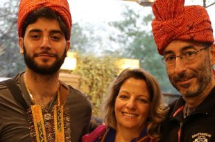 נטלי , ירדן והראל פדר בהודו צילום עצמי