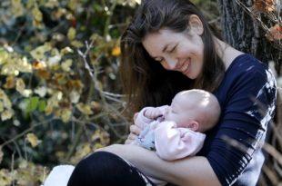 ענת לוינסקי עם בתה (צילום: פרטי)