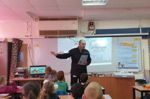 הדרכת ילדי בתי הספר היסודיים (צילום: דוברות רכבת ישראל)