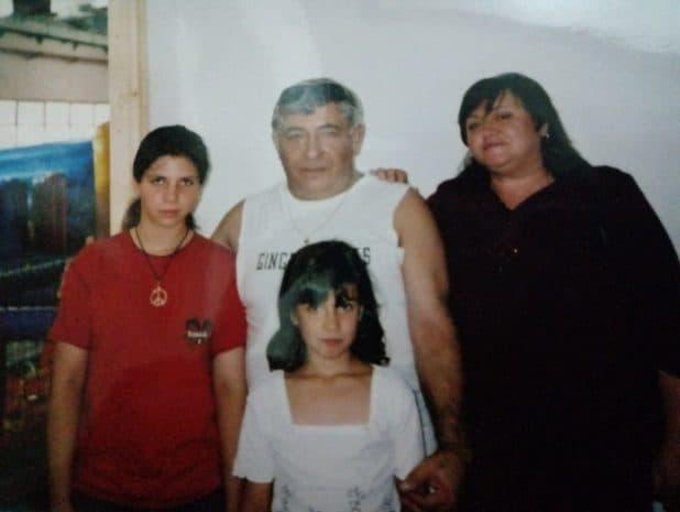 לי-אור עם סבתא סופיה וסבא יהודה והאחות שגית