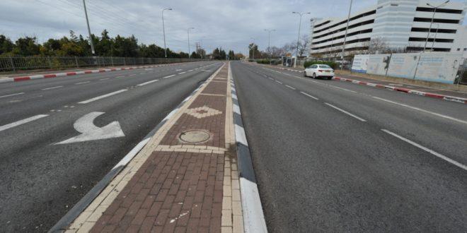 כבישים ריקים בדרך למרכז הרפואי (צילומים: רוני אלברט)