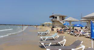 חוף הרצל קונטיקי צילום רותי ברמן