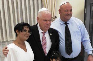 ראש העיר היה אורח הכבוד בחתונה (צילום עצמי)