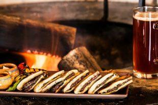 רבעי פיתות ממולאות בשר טלה (עראייס) צילום: שף עובדיה