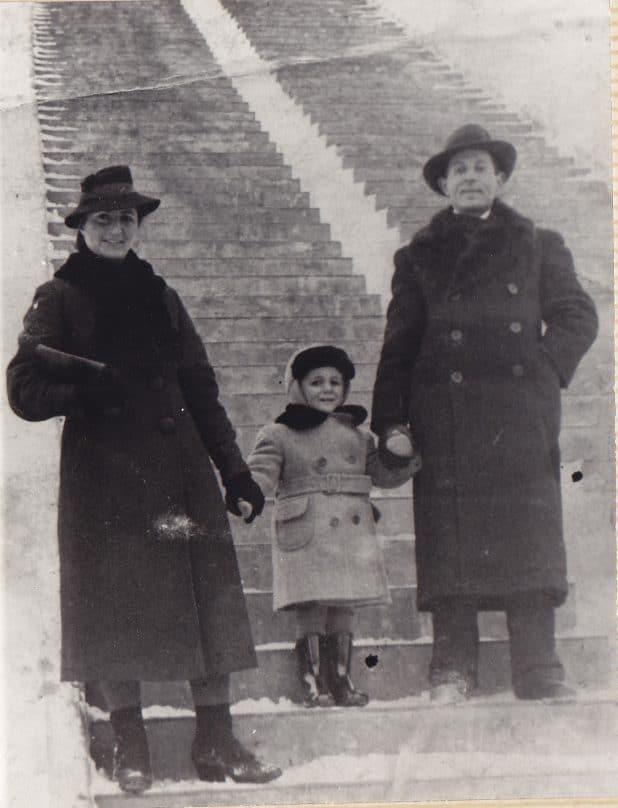 יעקב והוריו נודדים מעיר לעיר