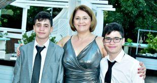 גוליאנה והבנים צילום פוטוקליפ