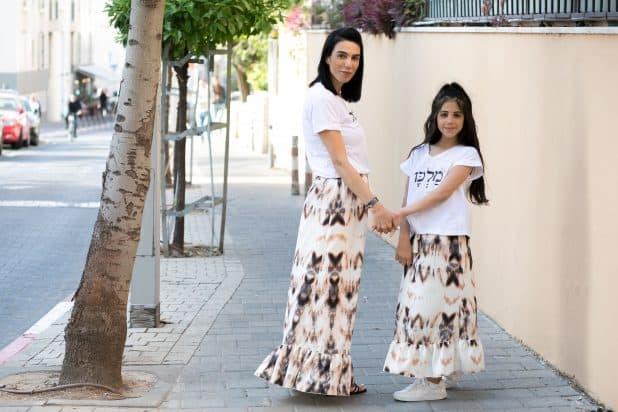 אסנת והבת הקטנה רני. צילום אורית כץ