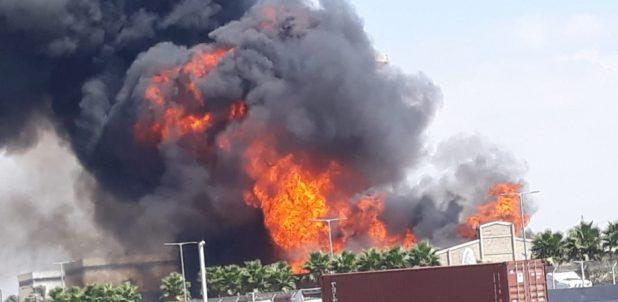 שריפת ענק במפעל שמן | צילום: דוברות כיבוי אש
