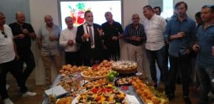 הרמת כוסית חגיגית במשרדי לאטי יזמות   צילום: שרית נס