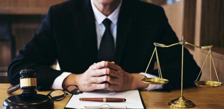 פרקליטים בימי קורונה | צילום: shutterstock