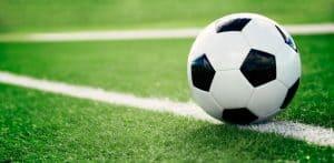 על הקורונה ועל פרשיית הקטינות והכדורגלנים | צילום: shutterstock