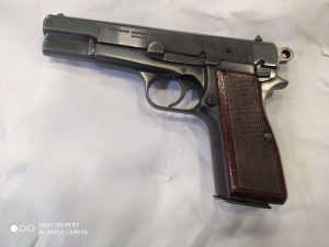 תושב עכו נעצר בחשד להחזקה לא חוקית של נשק   צילום דוברות המשטרה
