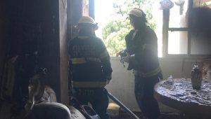 שריפת דירה בעכו   צילום: דוברות כיבוי אש