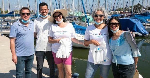 מימין: בת חן דנין, חנה כץ ואיריס לוי מתוק, מייסדות