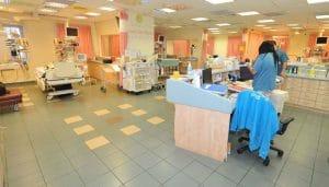 טיפול נמרץ ילדים במרכז הרפואי לגליל צילום: רוני אלברט