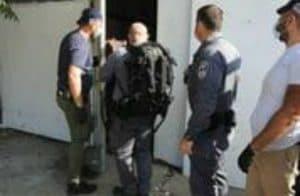 פריצה לשחרור בעלי חיים בעכו צילום: דוברות משטרת ישראל