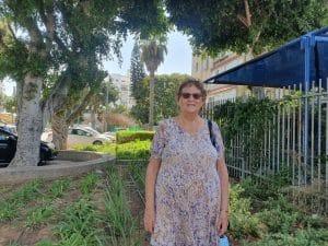 בלהה ג'יברה, כתיבת סיפורי חיים \ צילום: איילת קדם