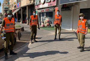 חיילי פיקוד העורף בקרית אתא | צילום: דוברות העירייה