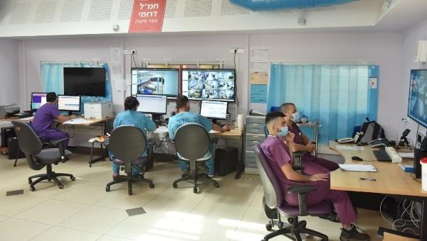 מחלקת כתר מונשמים לחולי קורונה במרכז הרפואי לגליל נהריה | צילום: אלי כהן