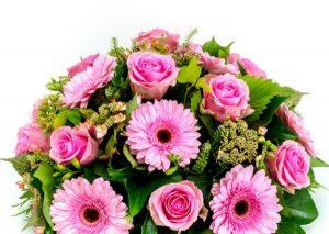 סידור פרחים עגול ורוד | צילום: