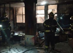 שריפה ברחוב היהלום   צילום: דוברות כבאות הצלה