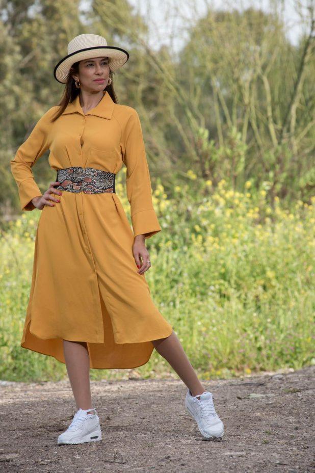 שמלה אביבית | צילום: דורון גולן | בגדים: ענת דברים יפים
