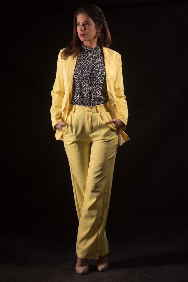 חליפת עסקים | צילום: דורון גולן | בגדים: ענת דברים יפים