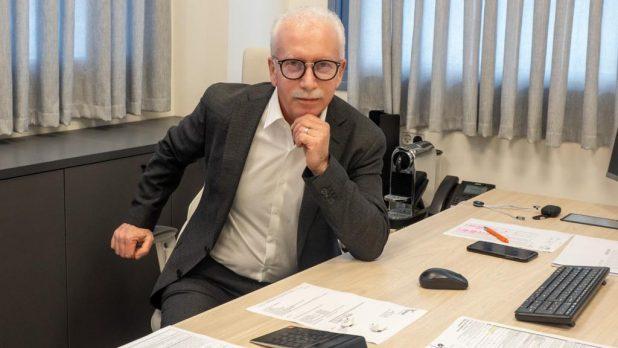 סרגי אפריימוביץ, הבעלים והמנהל של קידום סוכנות לביטוח ופיננסים | צילום: רוי בן צור