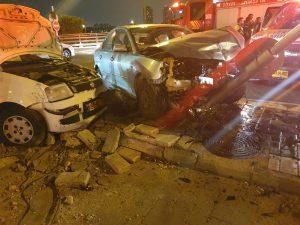 תאונת דרכים בצומת אפק   צילום: דוברות כיבוי אש
