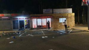 הצתת נקודת משטרה בעכו | צילום: דוברות המשטרה