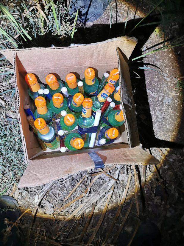 בקבוקי תבערה   צילום: דוברות משטרת ישראל