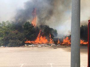 שריפה באזור התעשייה בצק פוסט | צילום: דוברות כיבוי אש