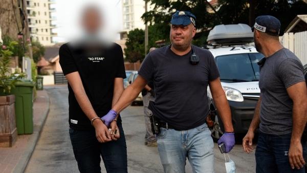 סחר בסמים בחדרה   צילום: דוברות המשטרה